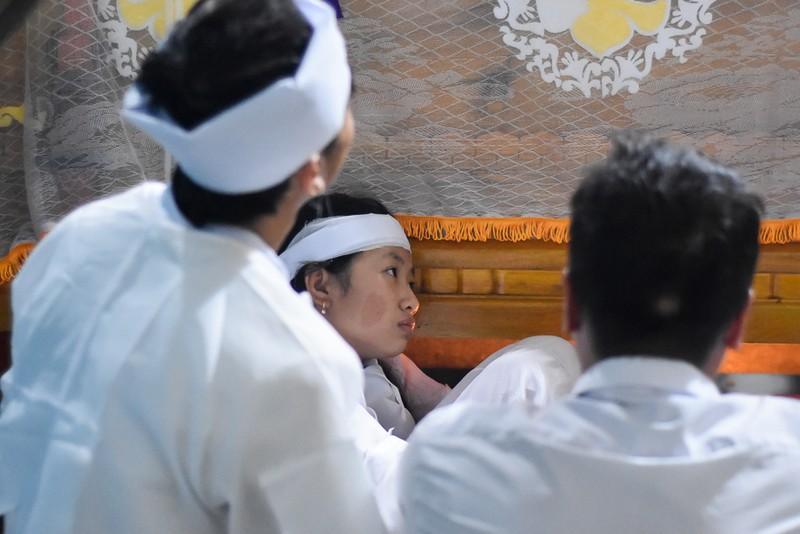 Đám tang nhói lòng 12 người trong họ vụ xe rước dâu gặp nạn - ảnh 9
