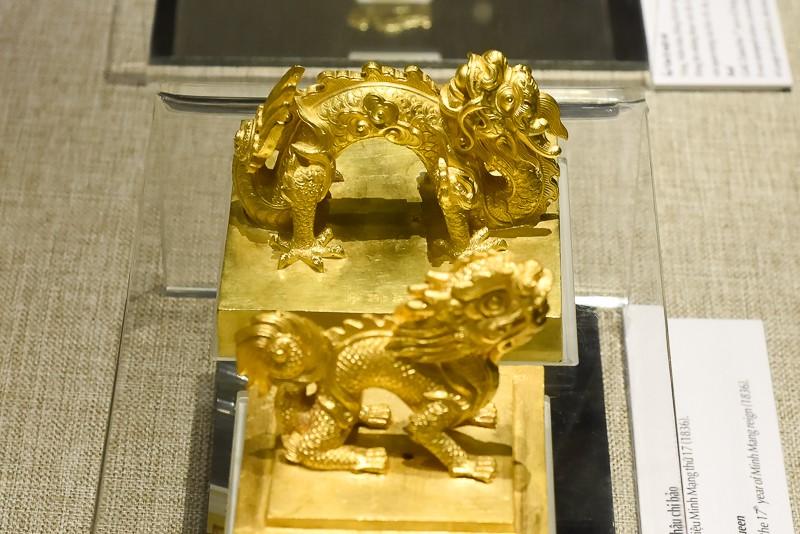 Đến Huế ngắm rồng - phượng trên bảo vật triều Nguyễn - ảnh 6
