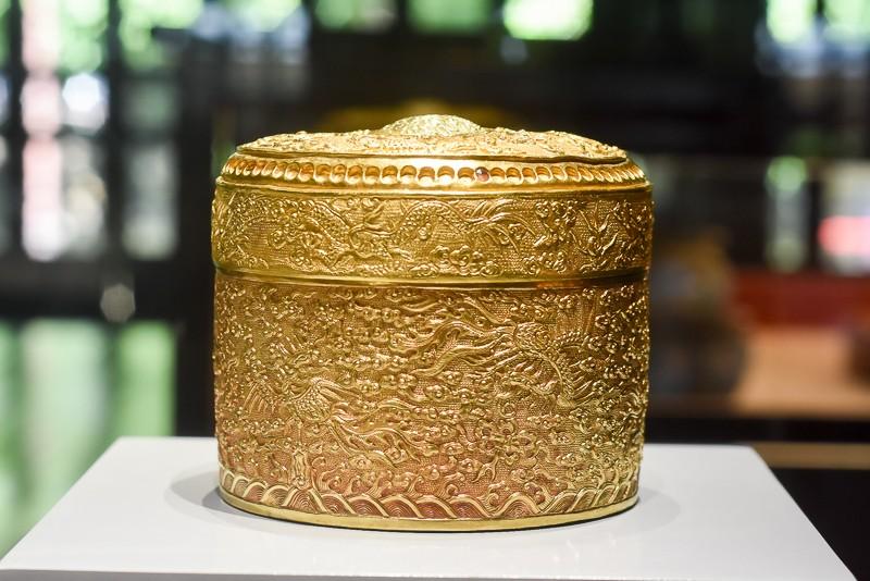 Đến Huế ngắm rồng - phượng trên bảo vật triều Nguyễn - ảnh 7