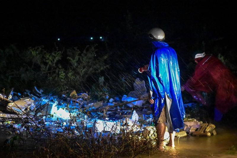 Nhiều nơi tại Quảng Trị ngập sâu sau trận mưa xối xả - ảnh 3