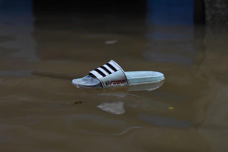 Nhiều nơi tại Quảng Trị ngập sâu sau trận mưa xối xả - ảnh 12