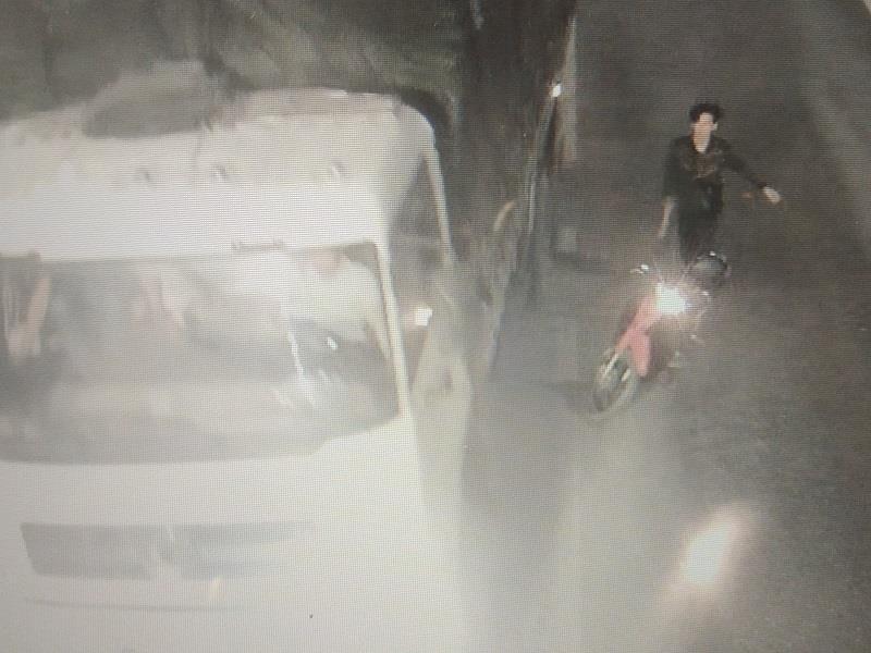 Vụ đập xe ở hầm Phước Tượng: Hiện trường có cây rựa dài - ảnh 1