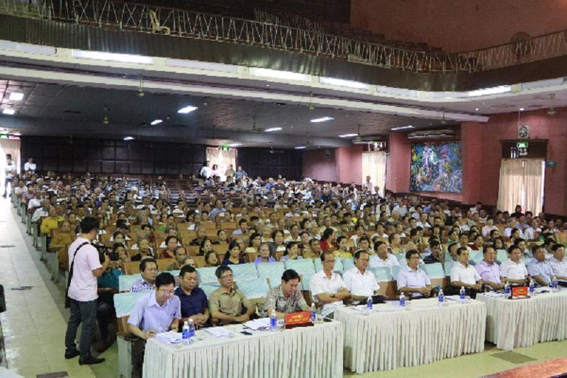 Di dân ở Huế: Dân muốn chính quyền minh bạch - ảnh 1