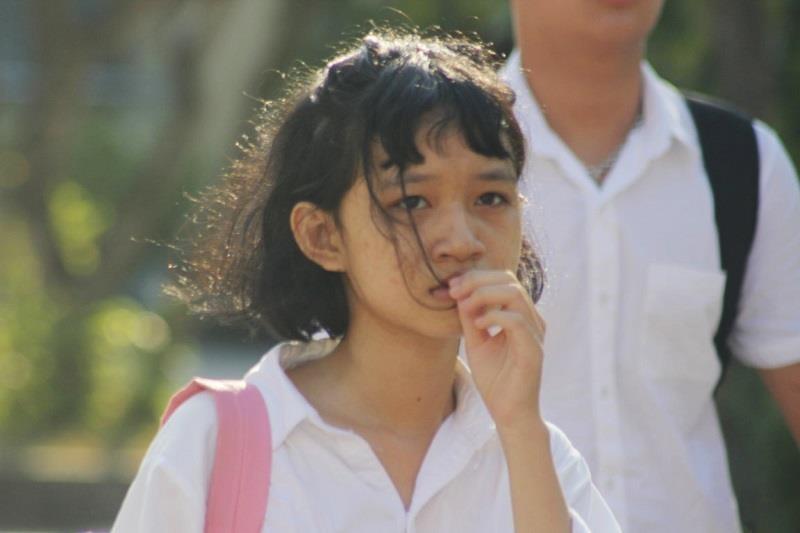 Không biết tin thi lại môn Văn, nữ sinh Quảng Bình khóc nức nở - ảnh 2