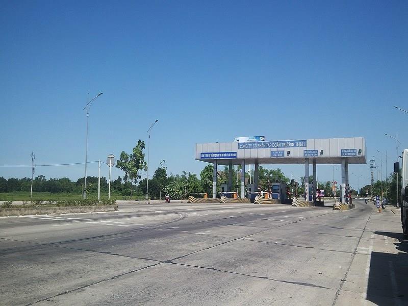 Hơn 200 xe ô tô vượt trạm BOT Quảng Trị mỗi ngày - ảnh 1