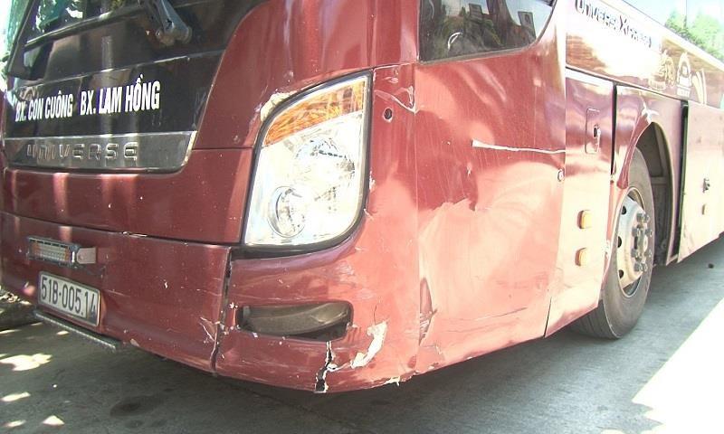 Tài xế xe khách dương tính ma túy tông vào ô tô bị tai nạn - ảnh 1