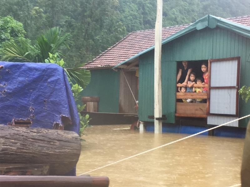 Nhiều trường tại Quảng Bình, Quảng Trị hoãn tổ chức khai giảng - ảnh 2