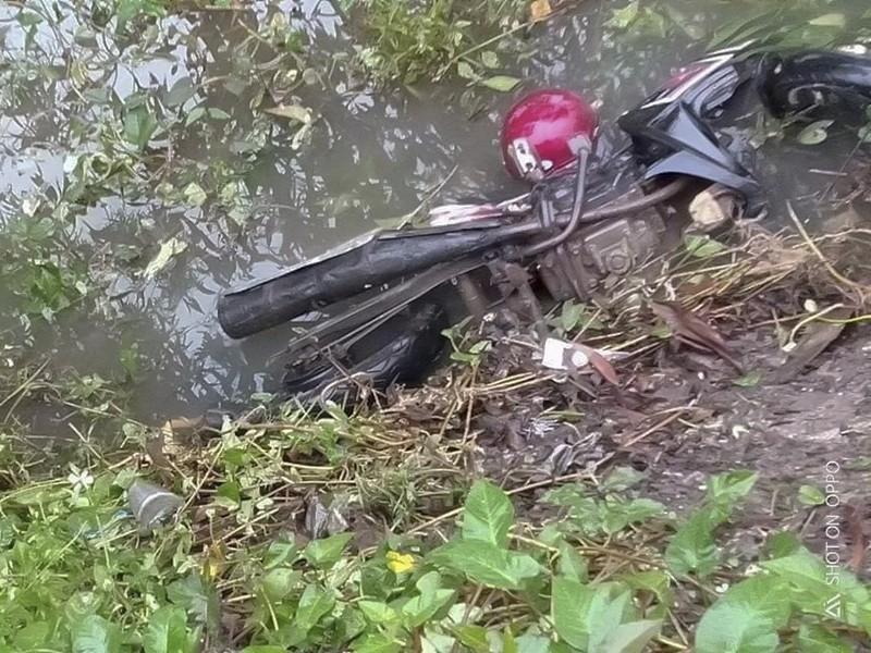 Nam thanh niên tử vong bên cạnh xe Exciter - ảnh 1