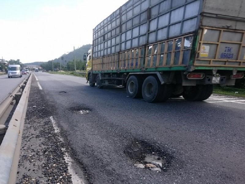 Thừa Thiên-Huế yêu cầu kiểm tra tuyến BOT quốc lộ 1A - ảnh 1
