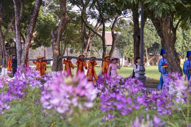 Huế dựng cây nêu đón Tết bằng nghi thức Cung Đình - ảnh 7