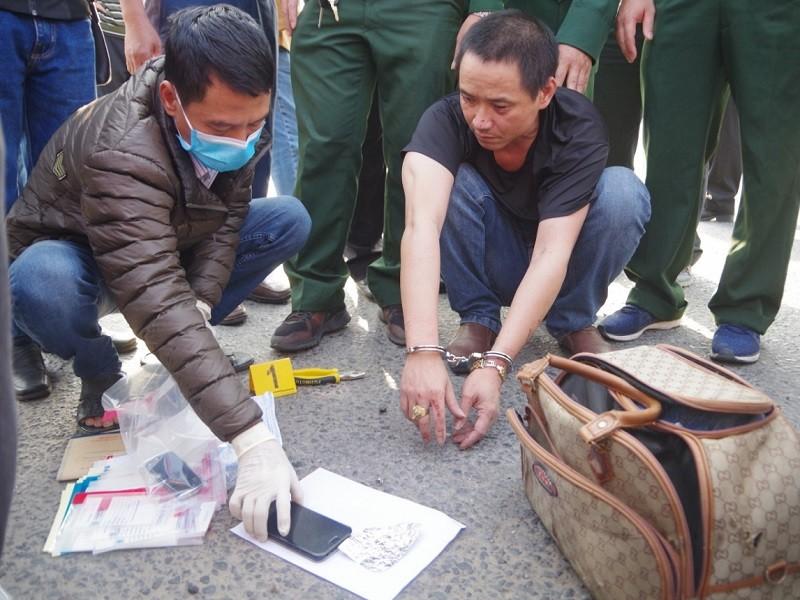 Bắt ô tô chở ma túy 'khủng' trên quốc lộ 1 - ảnh 2