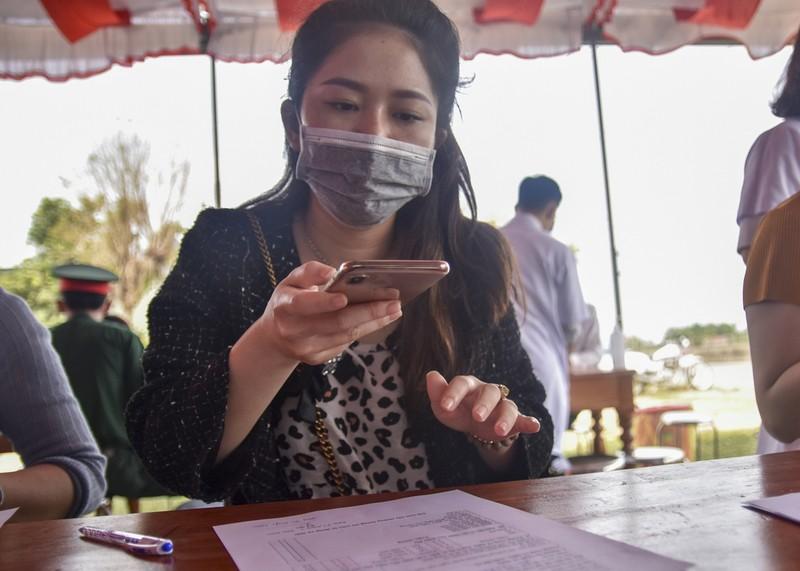 Thừa Thiên-Huế bắt đầu kiểm tra y tế tại các chốt chặn - ảnh 8