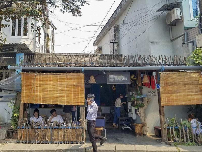 Thừa Thiên-Huế đóng cửa quán cà phê, du lịch cộng đồng - ảnh 1