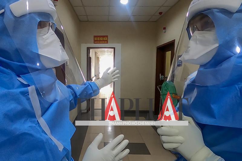 Phóng sự ảnh: Bên trong khu điều trị bệnh nhân COVID-19 Huế - ảnh 5
