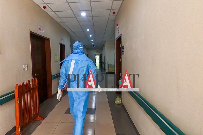 Phóng sự ảnh: Bên trong khu điều trị bệnh nhân COVID-19 Huế - ảnh 6