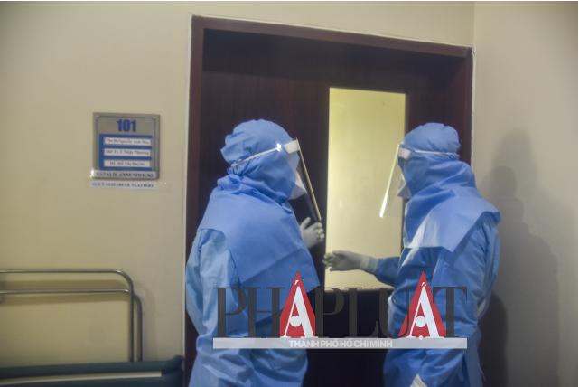 Phóng sự ảnh: Bên trong khu điều trị bệnh nhân COVID-19 Huế - ảnh 8