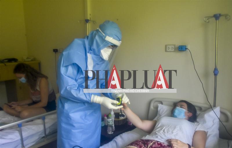 Phóng sự ảnh: Bên trong khu điều trị bệnh nhân COVID-19 Huế - ảnh 10
