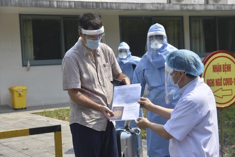 Huế: Bệnh nhân 33 mắc COVID-19 được xuất viện - ảnh 1