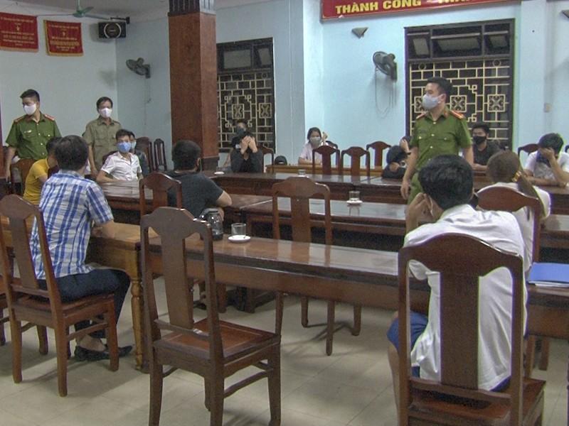 1 quán karaoke bị xử phạt vì mở cửa trong dịch COVID-19 - ảnh 1