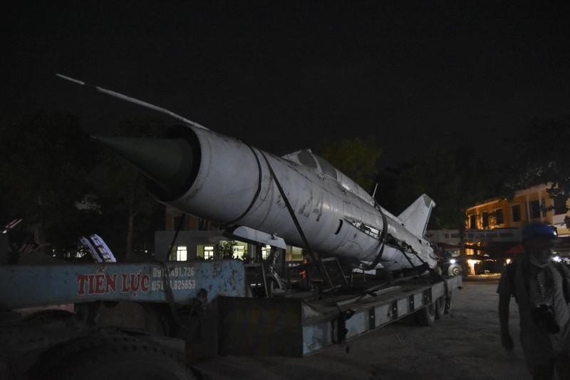 Trắng đêm di dời máy bay, xe tăng ra khỏi kinh thành Huế - ảnh 12