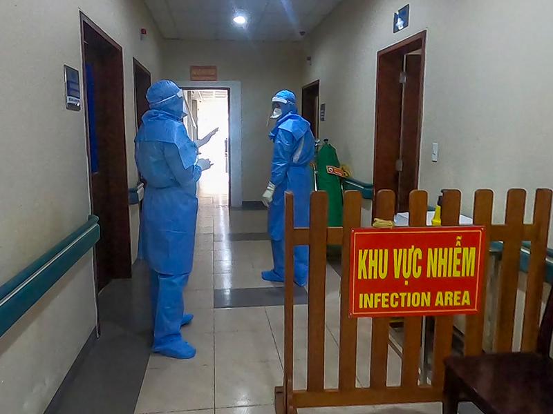 Thừa Thiên Huế cử 40 bác sĩ, điều dưỡng vào tâm dịch Đà Nẵng - ảnh 1