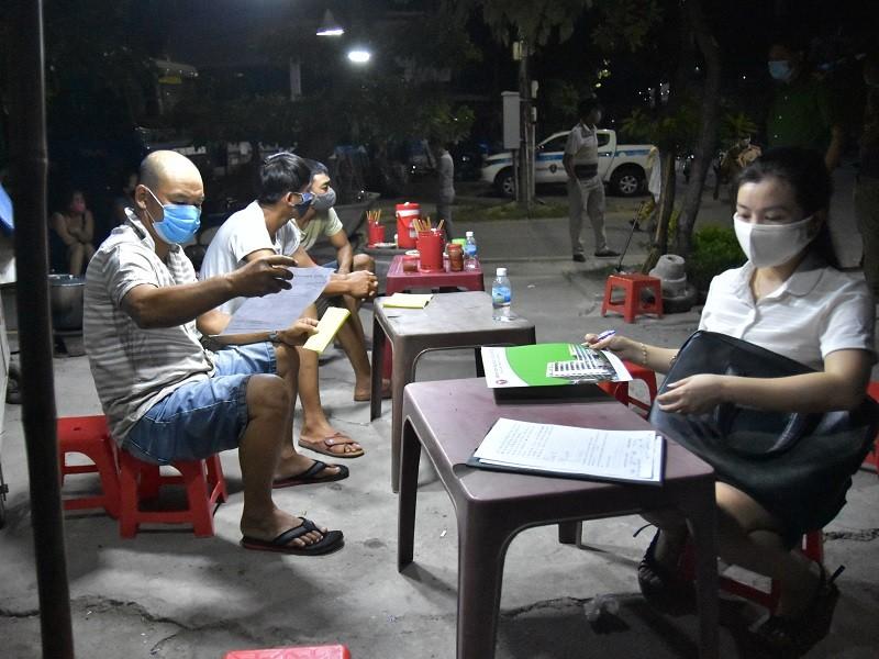 3 tài xế ở Quảng Nam nhưng khai Bình Định để chở hàng ra Huế - ảnh 1