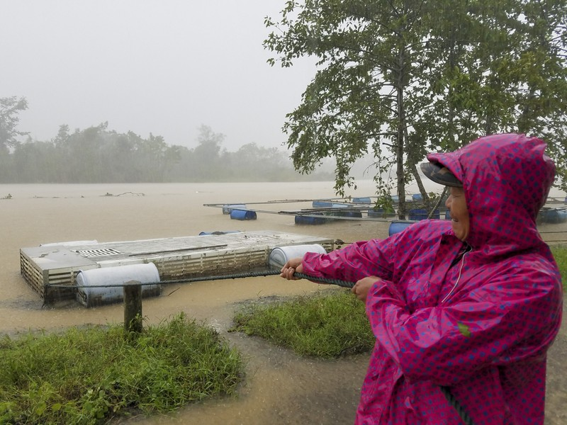 Huế: Thủy điện xả 1800m3/s, người dân lo lắng - ảnh 5