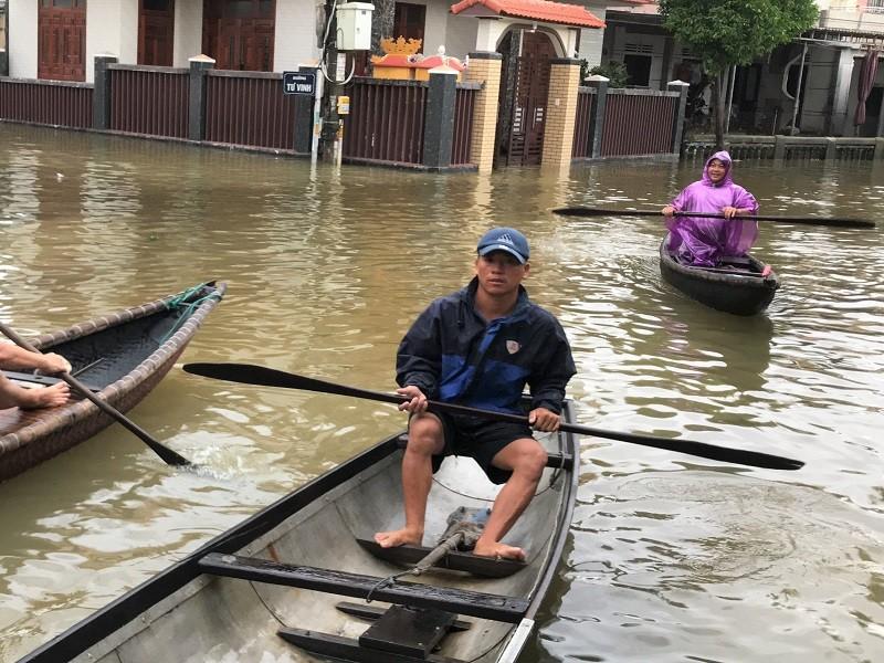 Các hồ xả nước, Huế có nguy cơ vượt đỉnh lũ lịch sử - ảnh 3