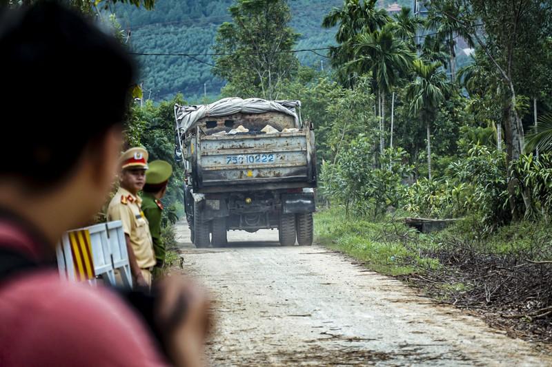Quân đội tiếp tục được tăng cường vào Rào Trăng 3 - ảnh 2
