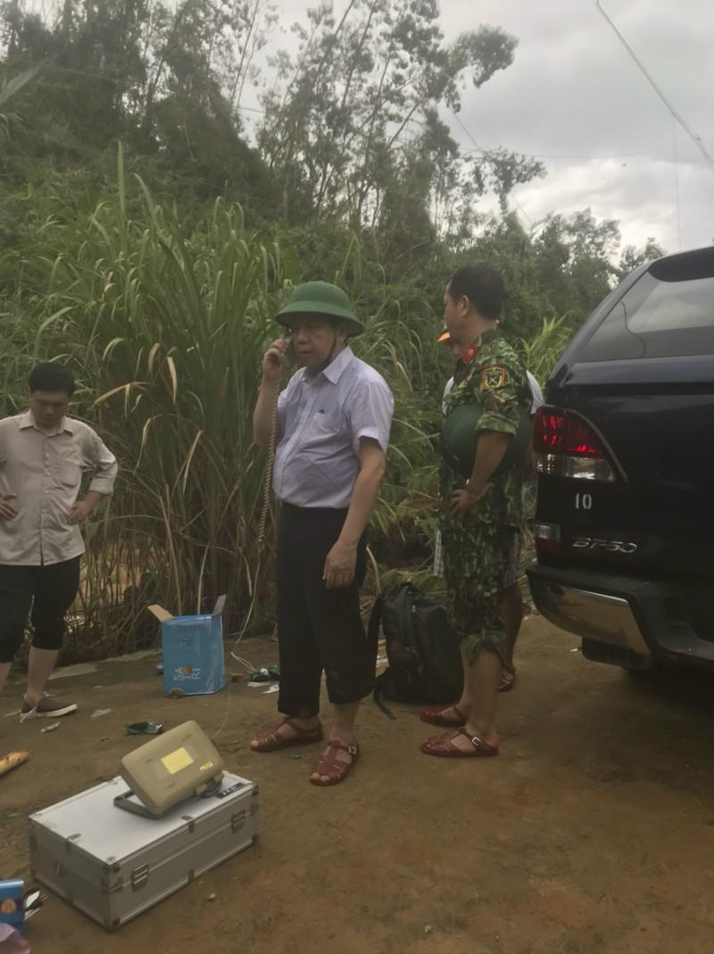 Ảnh: Sạt lở đất ở Trạm bảo vệ rừng 67, 13 người mất tích - ảnh 9