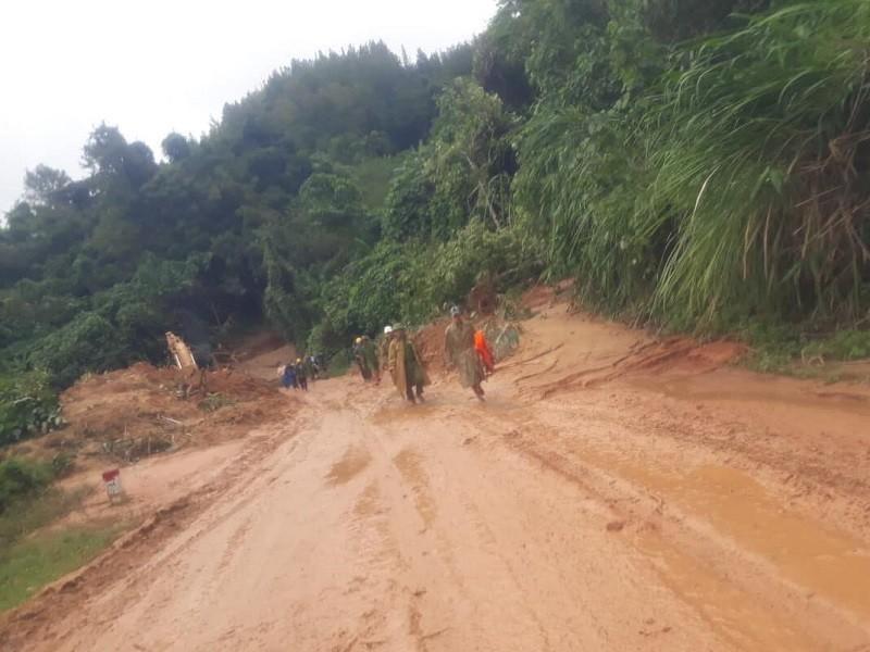 12 người 'cắt' rừng vào nơi Đại úy công an đi cứu nạn tử vong - ảnh 1