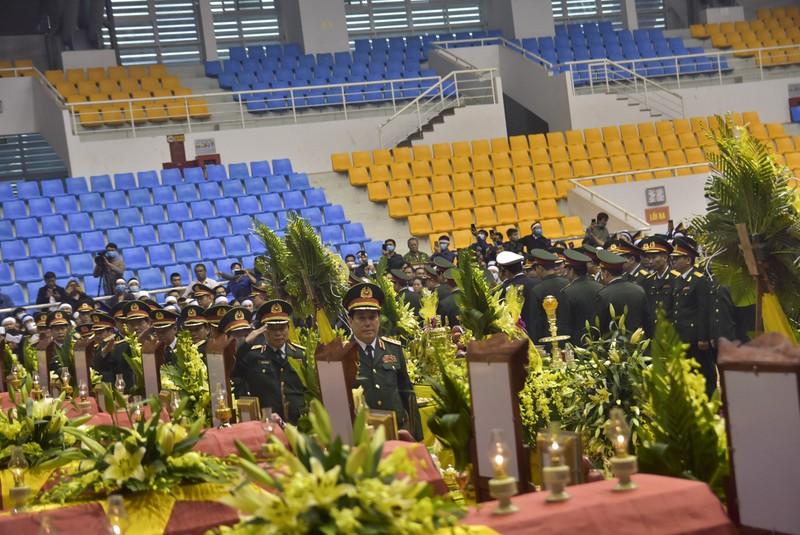 Hình ảnh Lễ viếng 22 liệt sĩ đoàn Kinh tế - Quốc phòng 337 - ảnh 3