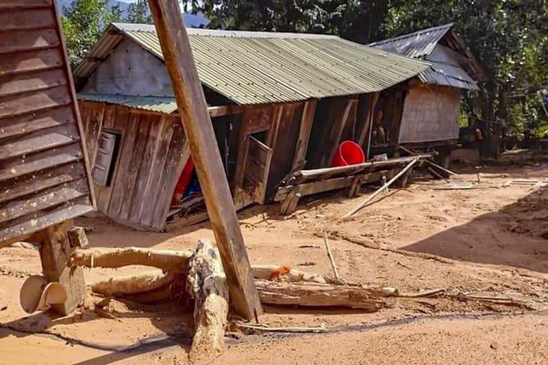 Cảnh tan hoang sau lũ ở Hướng Việt sau 1 tuần bị cô lập - ảnh 8
