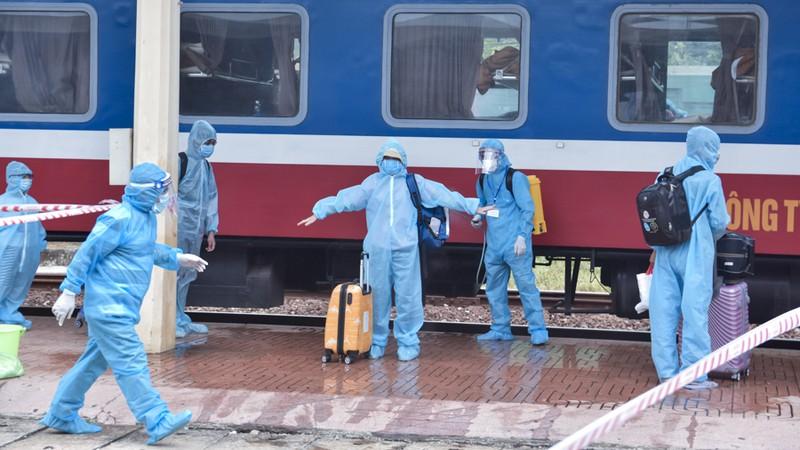 Huế đón 368 người từ TP.HCM về quê tránh dịch COVID-19 - ảnh 4