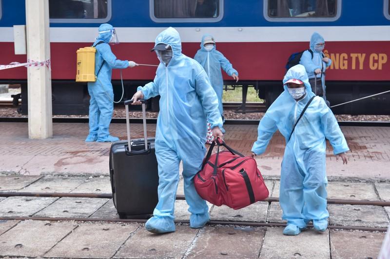 Huế đón 368 người từ TP.HCM về quê tránh dịch COVID-19 - ảnh 6