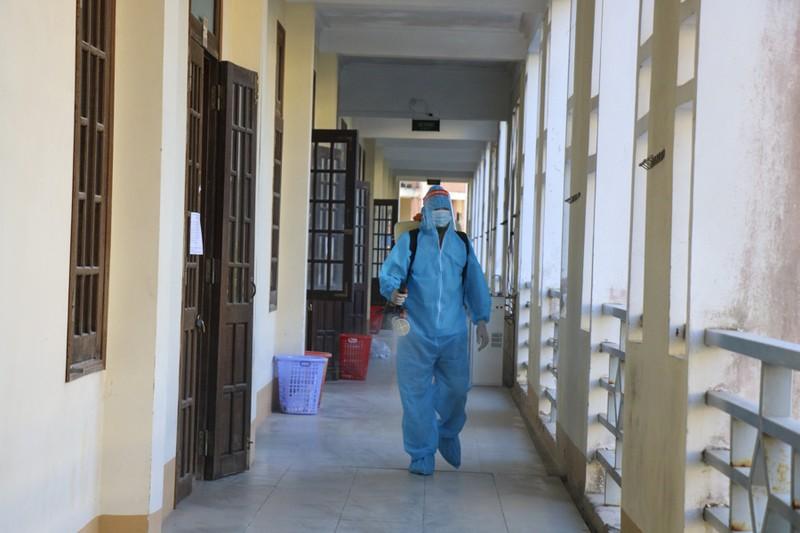 Huế gấp rút chuẩn bị cơ sở vật chất tại các trường học để làm khu cách ly  - ảnh 6