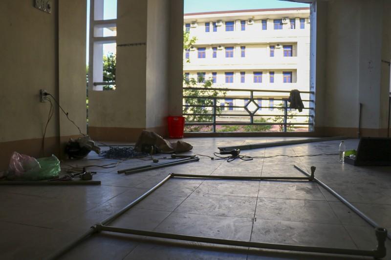 Huế gấp rút chuẩn bị cơ sở vật chất tại các trường học để làm khu cách ly  - ảnh 2