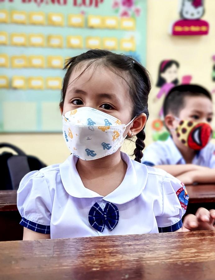 Thừa Thiên - Huế: Học sinh đến trường sau thời gian học online - ảnh 7