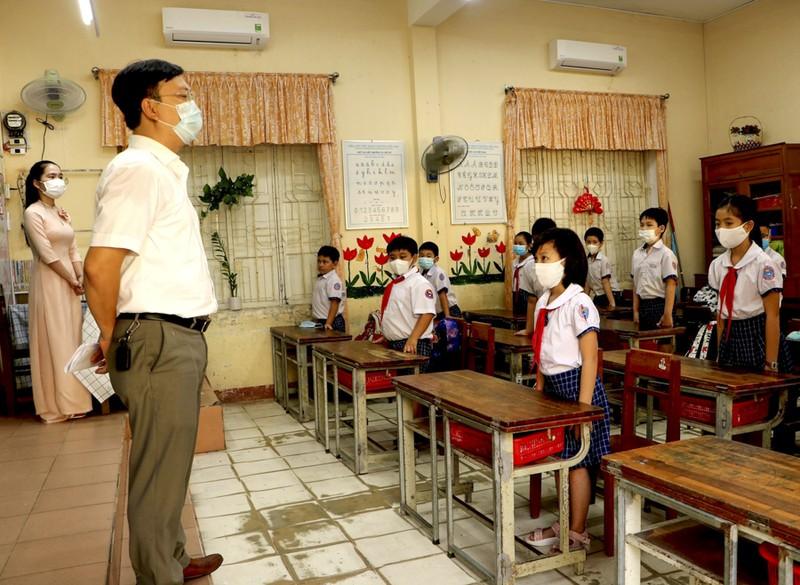 Thừa Thiên - Huế: Học sinh đến trường sau thời gian học online - ảnh 6