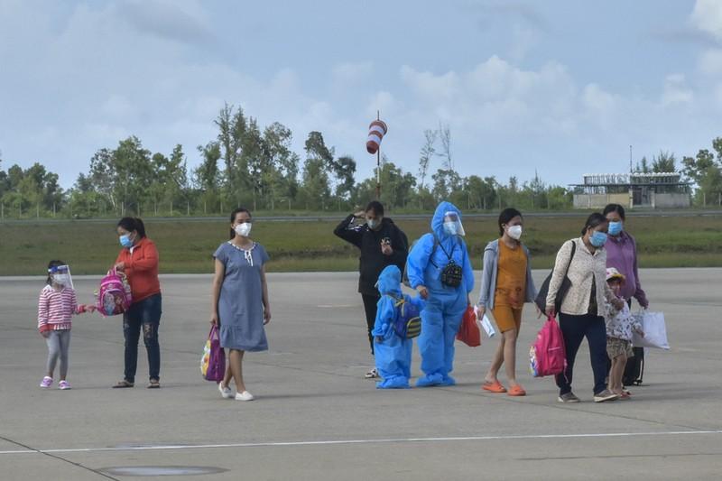 Thừa Thiên - Huế đón 149 thai phụ về quê tránh dịch COVID-19 - ảnh 2