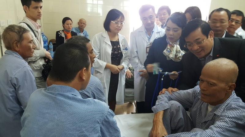 Kỷ luật 7 cán bộ Bệnh viện K vì vòi vĩnh người bệnh  - ảnh 1