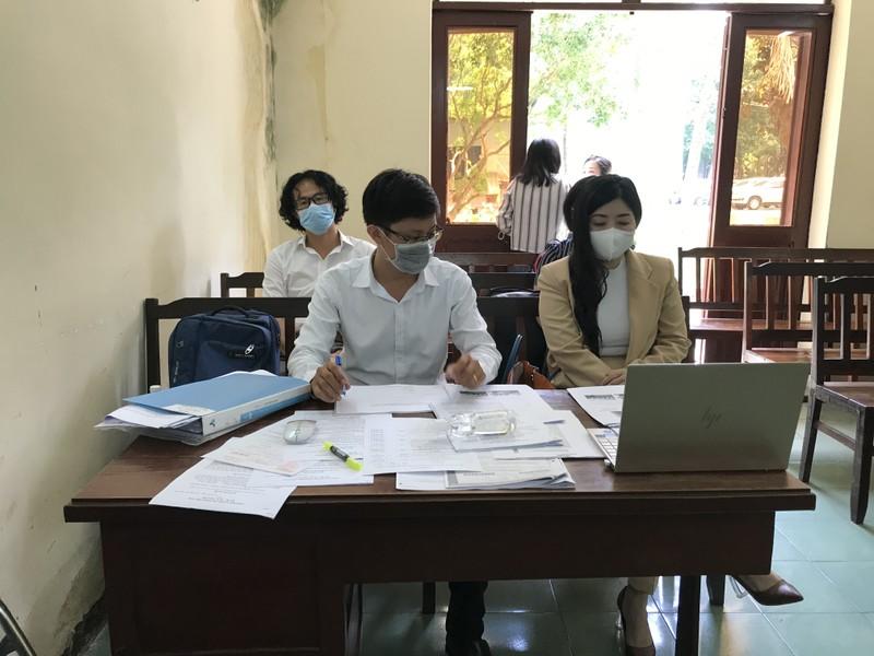 Bệnh viện FV kiện bệnh nhân: Tòa tạm dừng để làm rõ bệnh án  - ảnh 1