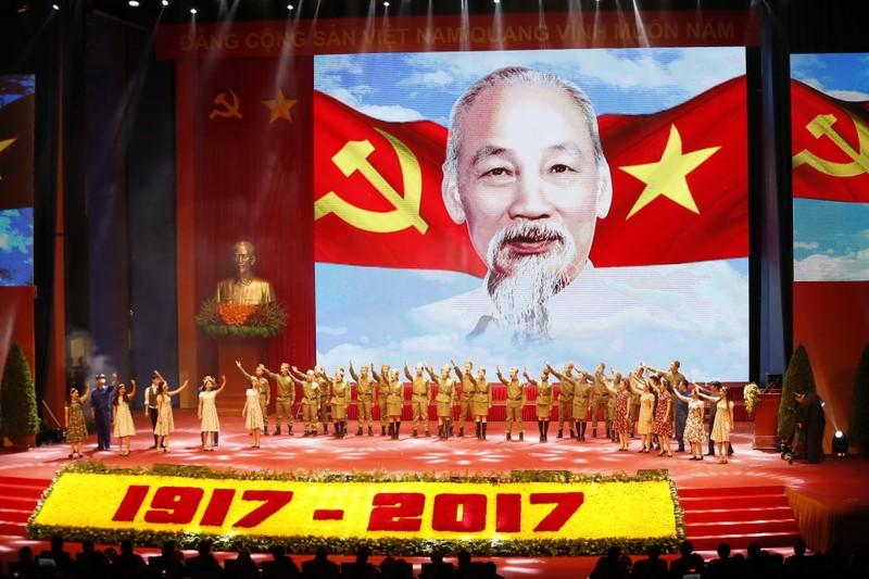 Kỷ niệm trọng thể 100 năm Cách mạng Tháng Mười Nga  - ảnh 2