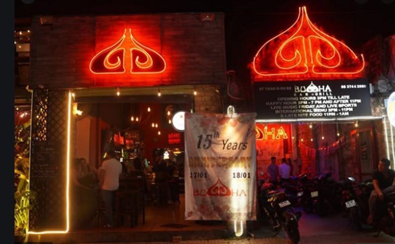 Từ 'lùm xùm' quán bar Buddha, đặt tên sao cho đúng? - ảnh 1