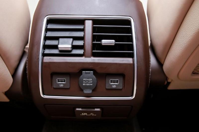 Cận cảnh mẫu sedan cao cấp VinFast Lux A2.0 mới ra thị trường - ảnh 10