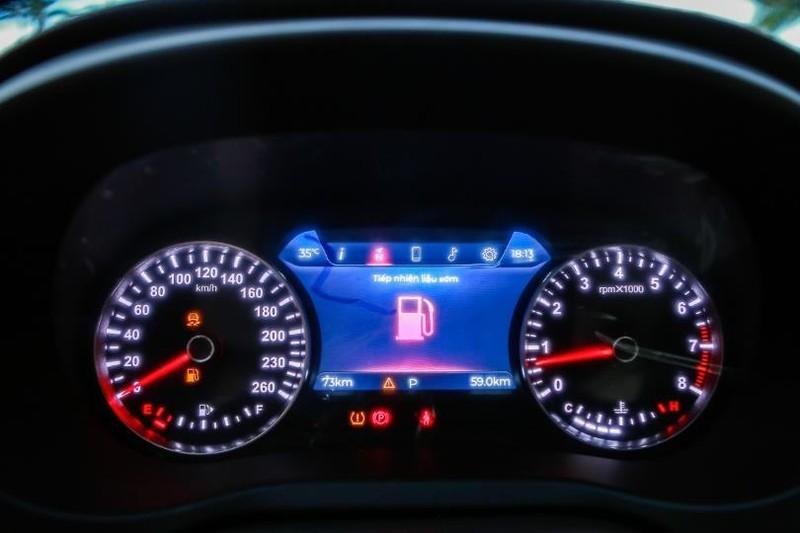 Cận cảnh mẫu sedan cao cấp VinFast Lux A2.0 mới ra thị trường - ảnh 13
