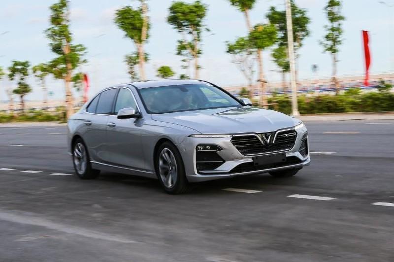 Cận cảnh mẫu sedan cao cấp VinFast Lux A2.0 mới ra thị trường - ảnh 1