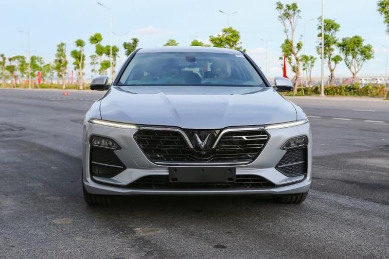Cận cảnh mẫu sedan cao cấp VinFast Lux A2.0 mới ra thị trường - ảnh 3