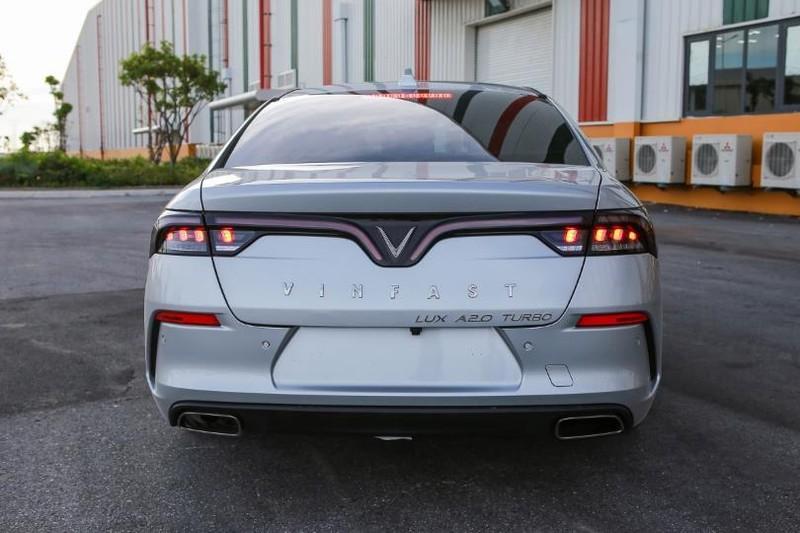 Cận cảnh mẫu sedan cao cấp VinFast Lux A2.0 mới ra thị trường - ảnh 6