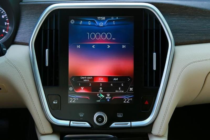 Cận cảnh mẫu sedan cao cấp VinFast Lux A2.0 mới ra thị trường - ảnh 9
